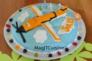 """Recette Gâteau """"Planes"""" en pâte à sucre"""