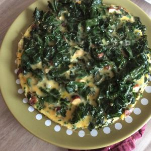 Recette Omelette au chou kale et noisettes