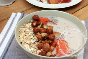 Recette Muesli aux graines de chia et lait de noisette