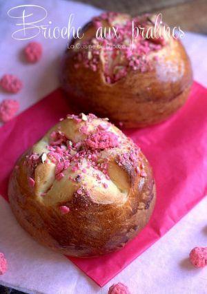 Recette Petites Brioches aux Pralines roses
