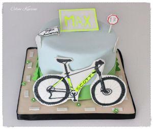 Recette Gâteau VTT - gâteau en pâte à sucre