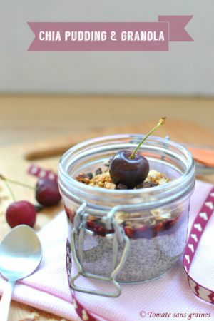 Recette Chia pudding au granola & confiture de cerises