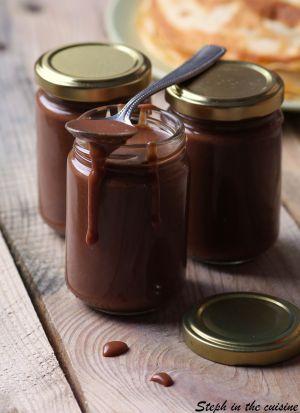 """Recette Pâte à tartiner """"maison"""" caramel et chocolat ou la petite bombe à tartiner de Dorian"""