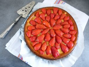 Recette Cheesecake fraises & fève tonka