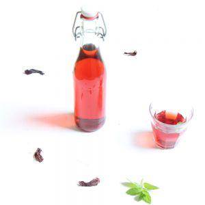 Recette Boisson rafraîchissante à l'hibiscus et à la menthe