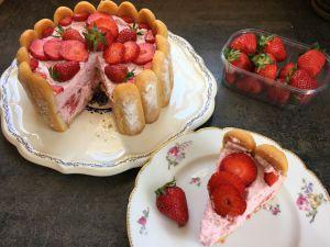 Recette Charlotte aux fraises, rapide et légère!