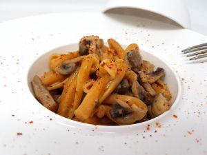 Recette Pâtes champignons, piment et lait d'amandes