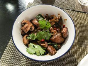 Recette Thaï express – Champignons sautés à la sauce de soja