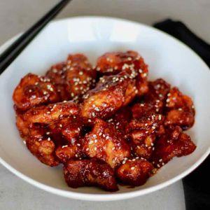 Recette Corée du Sud : Dakgangjeong (poulet frit)