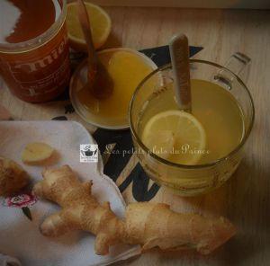 Recette Ginger detox water : l'infusion healty au gingembre, miel et citron