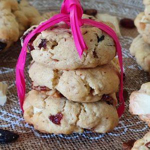 """Recette ღ """" MIAM """" Cookies au chocolat blanc - Cranberry /raisins et noix de pecan salées"""
